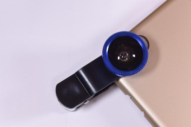 オンラインヨガを便利にするアイテム:広角レンズ